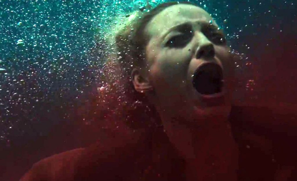 the-shallows-blake-lively-scream